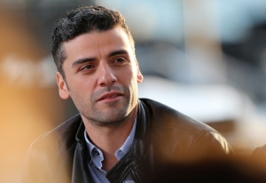 "US actor Oscar Isaac takes part on May 20, 2013 in the show ""Le Grand Journal"" on the set of the French TV Canal+, on the sidelines the 66th Cannes film festival in Cannes. Cannes, one of the world's top film festivals, opened on May 15 and will climax on May 26 with awards selected by a jury headed this year by Hollywood legend Steven Spielberg.        AFP PHOTO / LOIC VENANCE        (Photo credit should read LOIC VENANCE/AFP/Getty Images)"